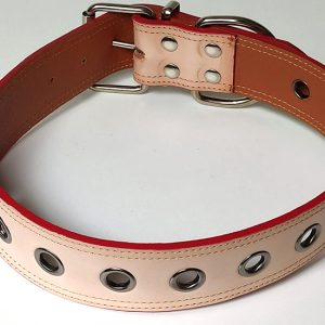Collar Cuero Veurné Calado perro crema con metal.